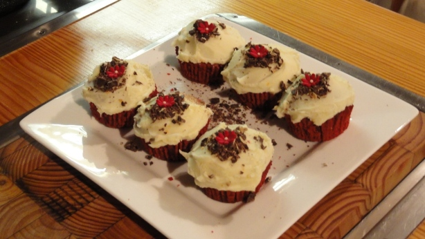 © Red Velvet Cupcakes with Vanilla Bean Cream Cheese Frosting