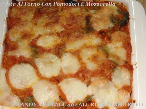 Pasta Al Forno Con Pomodori E Mozzarella