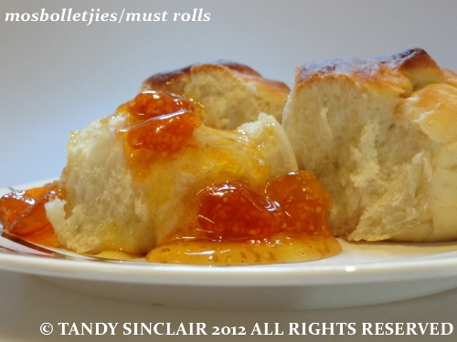 mosbolletjies Recipe For Mosbolletjies | Must Rolls